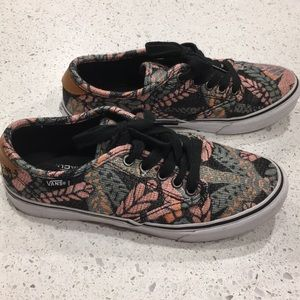 VANS, unique floral print, women's 7